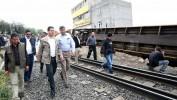 Exige Gobernador reubicar las vías del tren