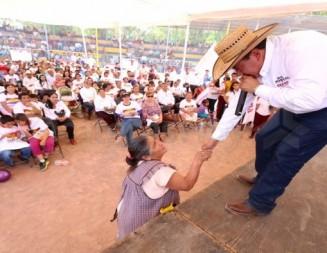 Cierre distrital de David Monreal por el sureste zacatecano